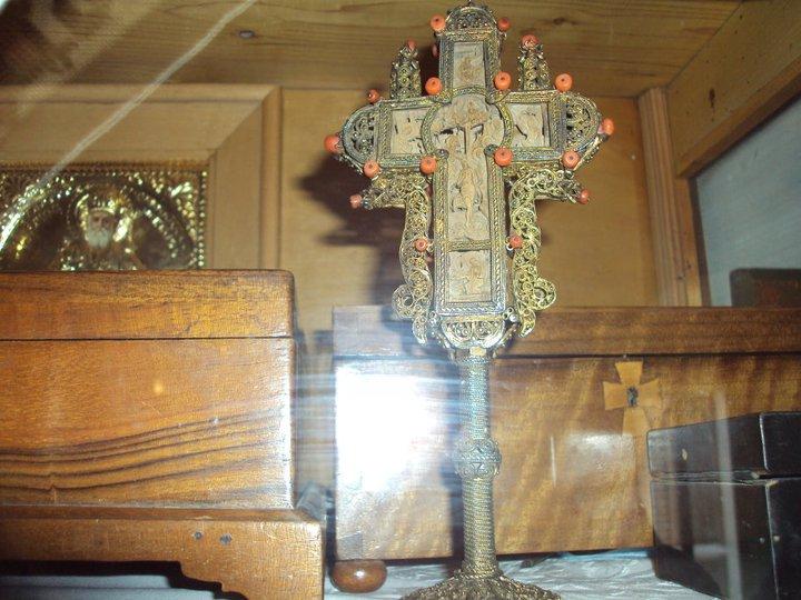 Crucea cu care binecuvanta Sfantul Nectarie
